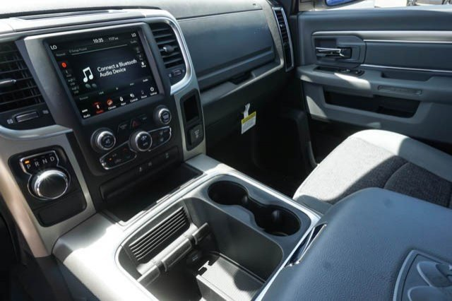 2019 Ram 1500 Crew Cab 4x2,  Pickup #C90730 - photo 10