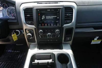 2019 Ram 1500 Crew Cab 4x2,  Pickup #C90730 - photo 9