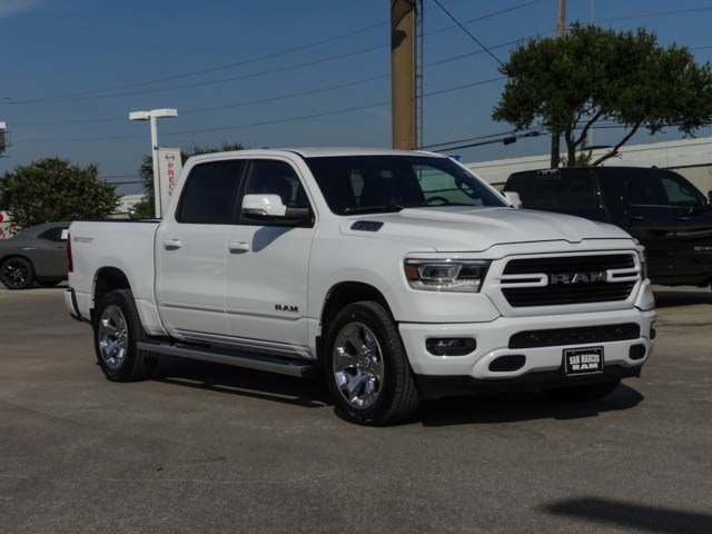 2019 Ram 1500 Crew Cab 4x2,  Pickup #C90740 - photo 4