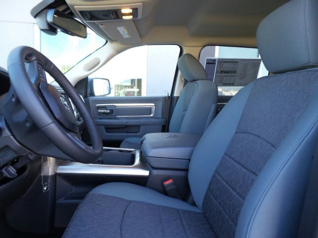 2017 Ram 1500 Crew Cab Pickup #170587 - photo 15
