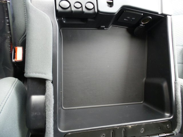 2017 Ram 1500 Crew Cab 4x4 Pickup #170847 - photo 28