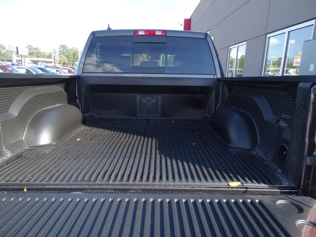 2017 Ram 1500 Crew Cab 4x4, Pickup #171389 - photo 8