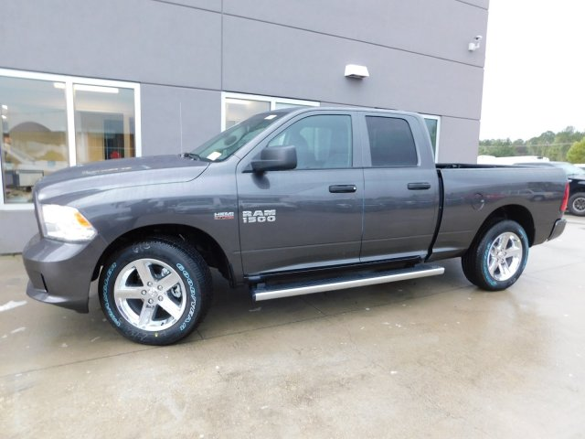 2018 Ram 1500 Quad Cab, Pickup #180127 - photo 3