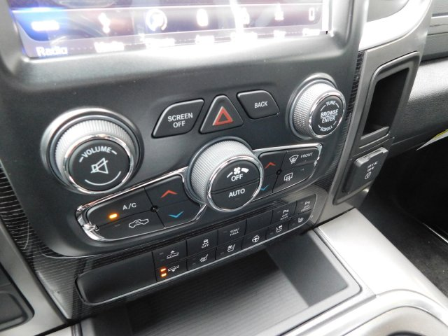 2018 Ram 1500 Crew Cab Pickup #180139 - photo 23
