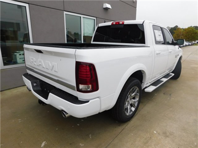 2018 Ram 1500 Crew Cab Pickup #180139 - photo 2