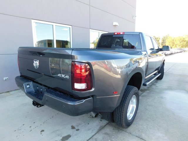 2018 Ram 3500 Crew Cab DRW 4x4 Pickup #180196 - photo 2