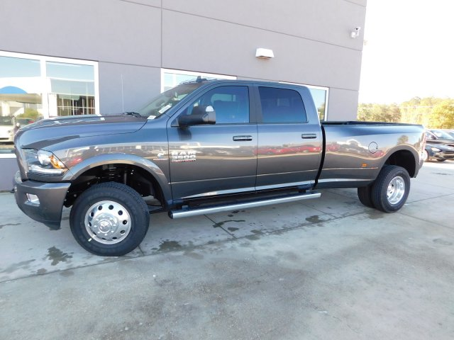 2018 Ram 3500 Crew Cab DRW 4x4 Pickup #180196 - photo 6