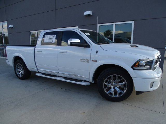 2018 Ram 1500 Crew Cab 4x4, Pickup #180206 - photo 11