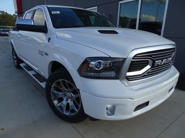 2018 Ram 1500 Crew Cab 4x4, Pickup #180206 - photo 5