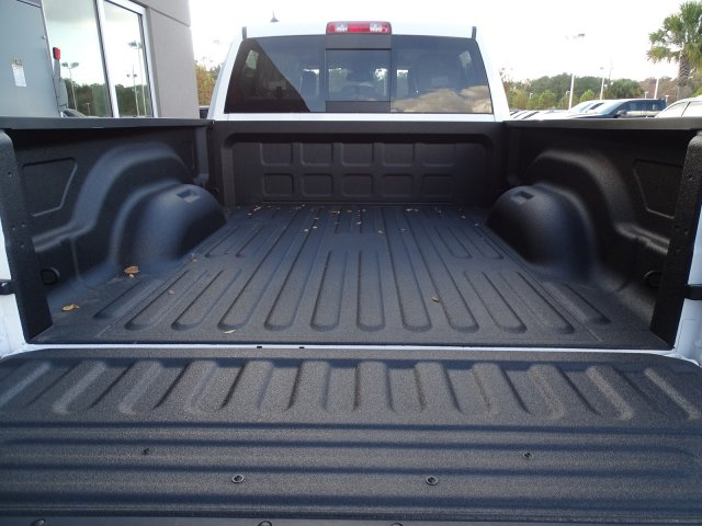2018 Ram 1500 Crew Cab 4x4, Pickup #180206 - photo 7
