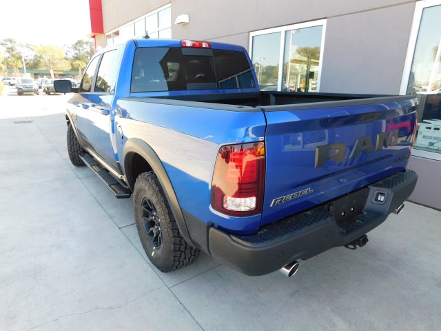 2018 Ram 1500 Crew Cab 4x4,  Pickup #180567 - photo 2