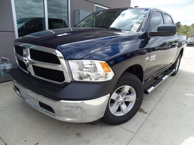 2018 Ram 1500 Crew Cab 4x2,  Pickup #180583 - photo 4