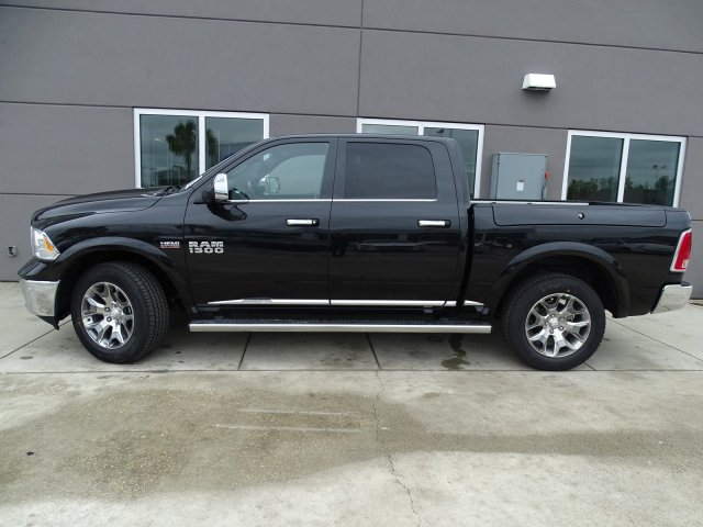 2018 Ram 1500 Crew Cab 4x4, Pickup #180632 - photo 12
