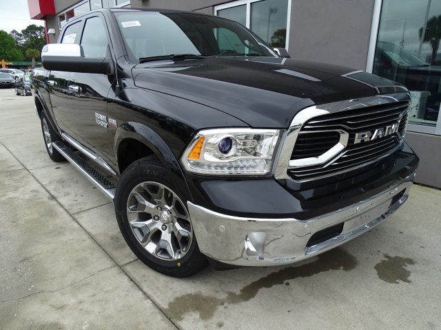 2018 Ram 1500 Crew Cab 4x4, Pickup #180632 - photo 3