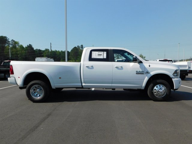 2018 Ram 3500 Crew Cab DRW 4x4, Pickup #180680 - photo 11