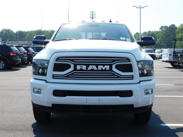 2018 Ram 3500 Crew Cab DRW 4x4, Pickup #180680 - photo 6