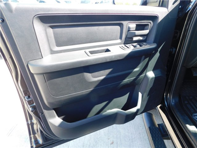 2018 Ram 1500 Crew Cab, Pickup #180708 - photo 13