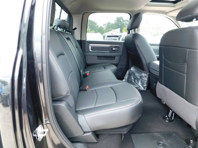 2018 Ram 1500 Crew Cab 4x2,  Pickup #180773 - photo 34