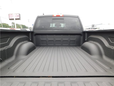 2018 Ram 1500 Crew Cab 4x2,  Pickup #180773 - photo 33