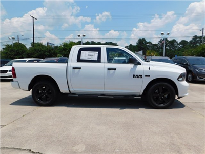2018 Ram 1500 Crew Cab 4x4,  Pickup #180843 - photo 11