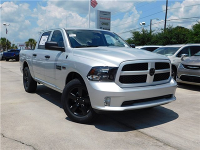 2018 Ram 1500 Crew Cab 4x4,  Pickup #180850 - photo 3