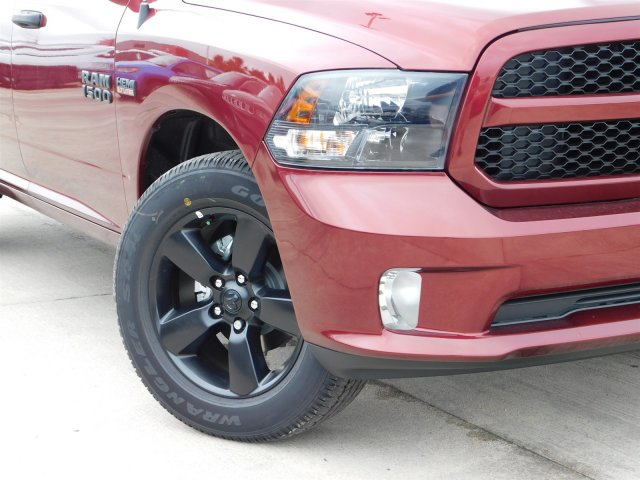 2018 Ram 1500 Crew Cab 4x4,  Pickup #180864 - photo 4