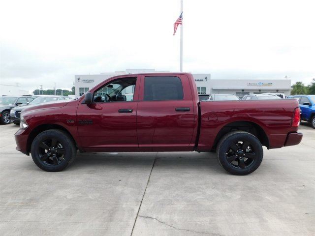 2018 Ram 1500 Crew Cab 4x4,  Pickup #180864 - photo 7