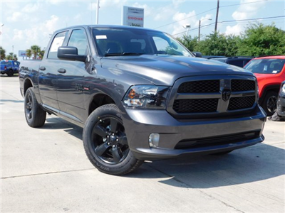 2018 Ram 1500 Crew Cab 4x4,  Pickup #180866 - photo 3