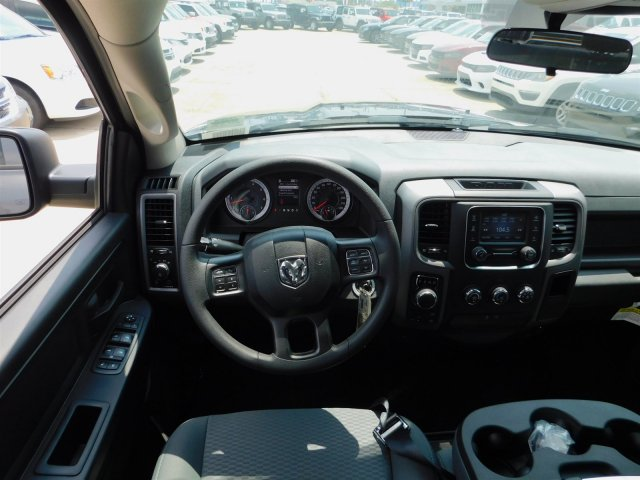 2018 Ram 1500 Crew Cab 4x4,  Pickup #180988 - photo 33