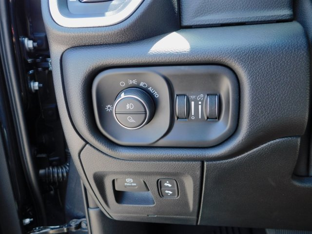 2019 Ram 1500 Crew Cab 4x4,  Pickup #190124 - photo 18