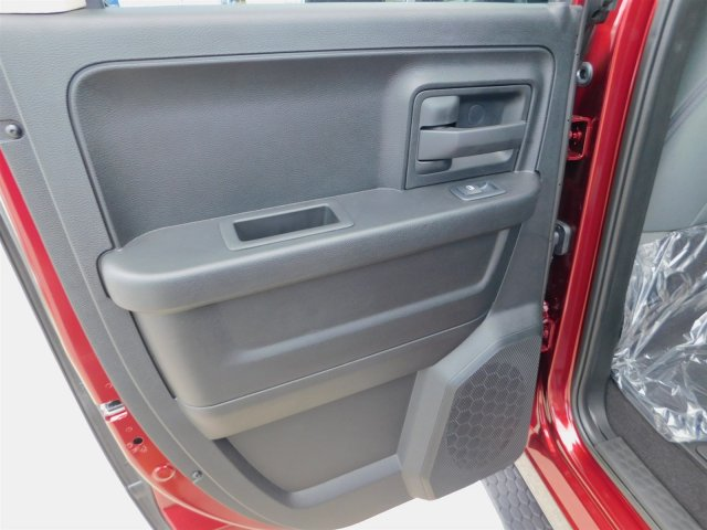 2019 Ram 1500 Quad Cab 4x2,  Pickup #190133 - photo 32