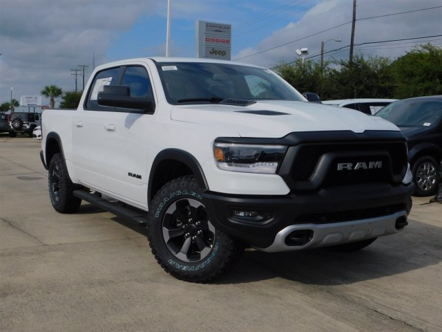 2019 Ram 1500 Crew Cab 4x2,  Pickup #190163 - photo 3