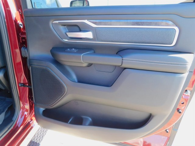 2019 Ram 1500 Crew Cab 4x4,  Pickup #190185 - photo 39