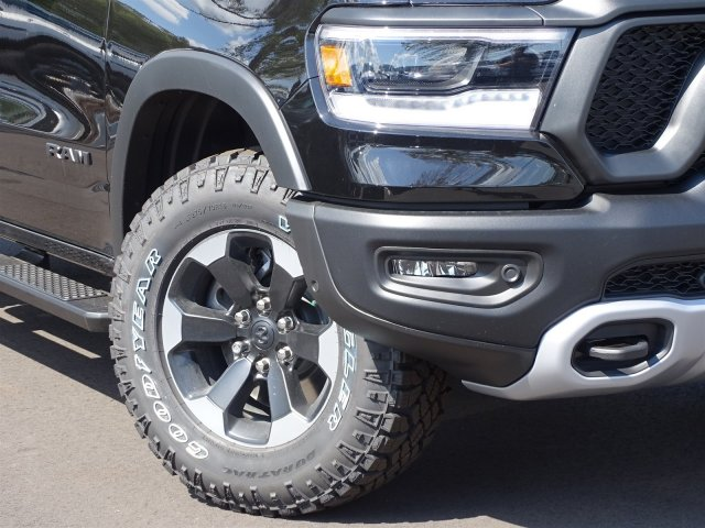 2019 Ram 1500 Crew Cab 4x4,  Pickup #190190 - photo 4
