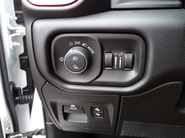 2019 Ram 1500 Crew Cab 4x2,  Pickup #190317 - photo 18