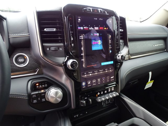 2019 Ram 1500 Crew Cab 4x4,  Pickup #190334 - photo 31