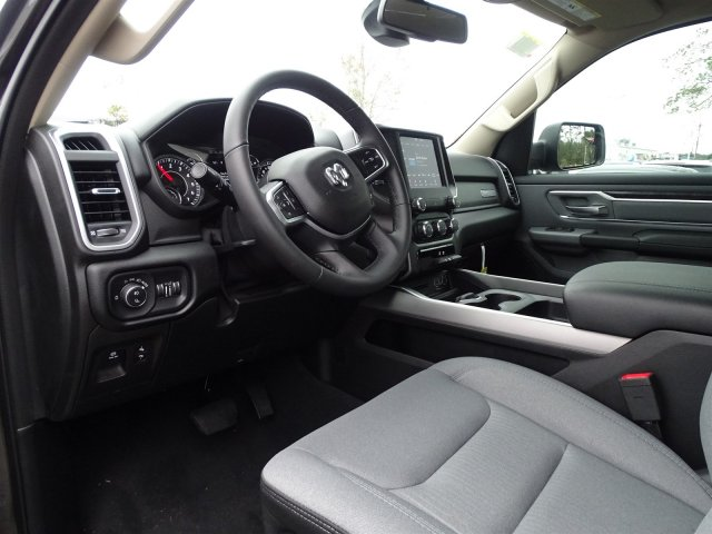 2019 Ram 1500 Crew Cab 4x2,  Pickup #190366 - photo 13