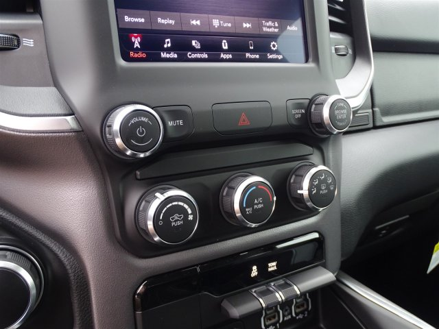 2019 Ram 1500 Crew Cab 4x2,  Pickup #190366 - photo 25
