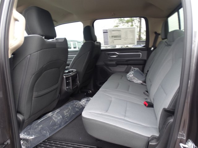 2019 Ram 1500 Crew Cab 4x2,  Pickup #190366 - photo 31