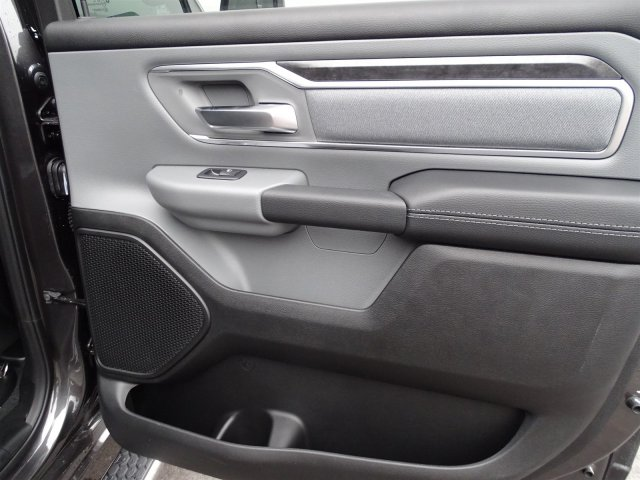 2019 Ram 1500 Crew Cab 4x2,  Pickup #190366 - photo 37