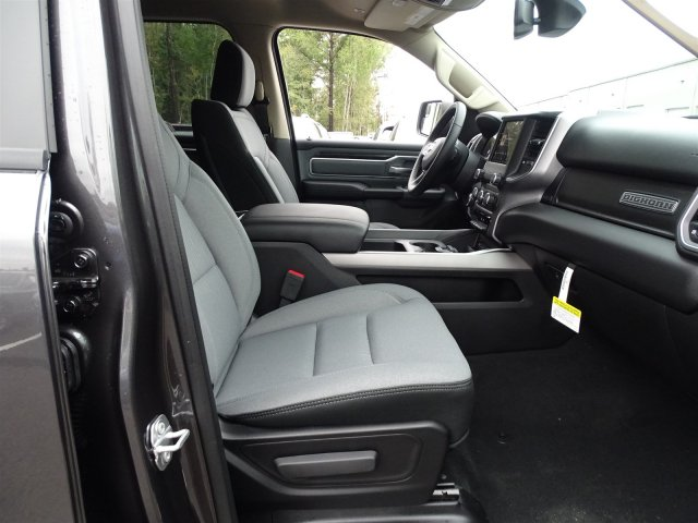 2019 Ram 1500 Crew Cab 4x2,  Pickup #190366 - photo 39