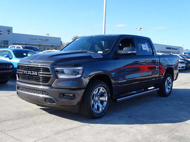 2019 Ram 1500 Crew Cab 4x2,  Pickup #190550 - photo 6