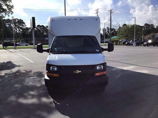 2017 Chevrolet Express 3500 DRW 4x2, Cutaway Van #M00720G - photo 3