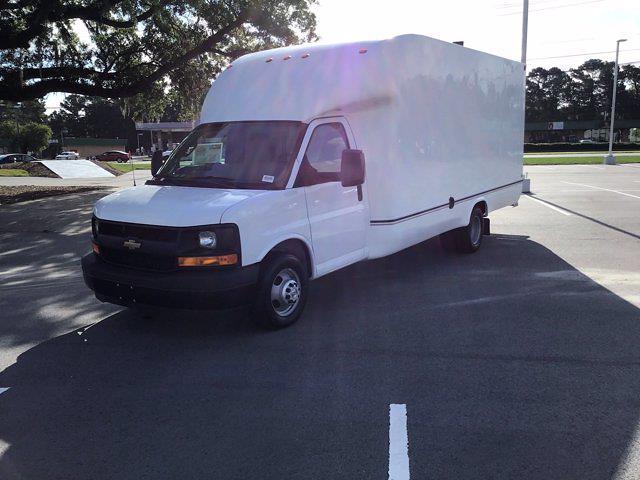 2017 Chevrolet Express 3500 DRW 4x2, Cutaway Van #M00720G - photo 4