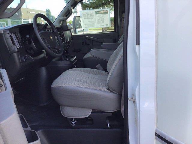 2017 Chevrolet Express 3500 DRW 4x2, Cutaway Van #M00720G - photo 27