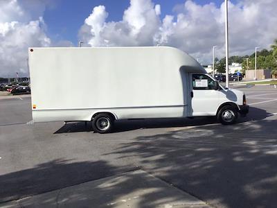 2017 Chevrolet Express 3500 DRW 4x2, Cutaway Van #M00720G - photo 7
