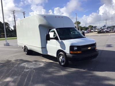 2017 Chevrolet Express 3500 DRW 4x2, Cutaway Van #M00720G - photo 8