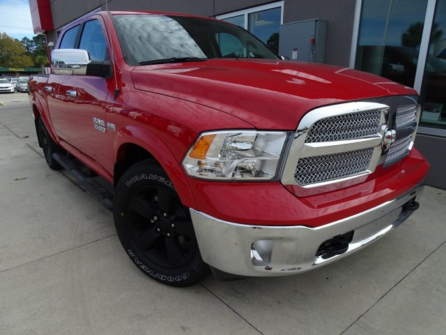 2018 Ram 1500 Crew Cab Pickup #S180299 - photo 3
