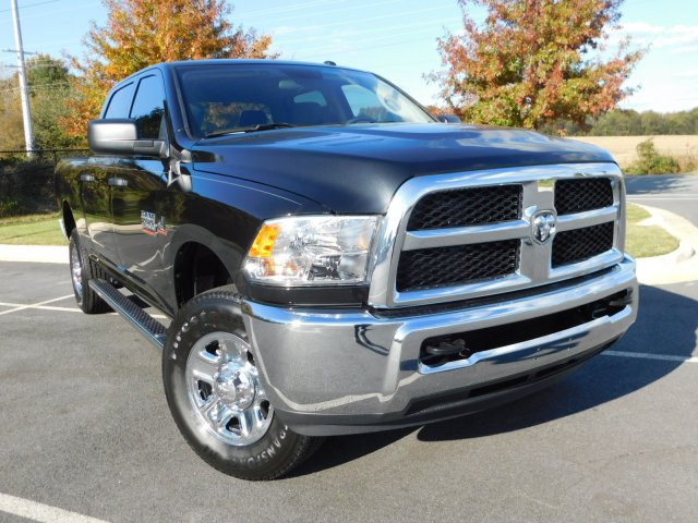2018 Ram 2500 Crew Cab 4x4, Pickup #S180312 - photo 3