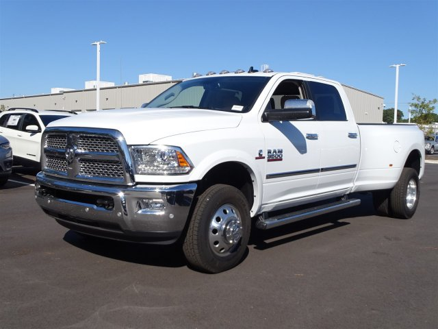 2018 Ram 3500 Crew Cab DRW 4x4,  Pickup #S181196 - photo 7